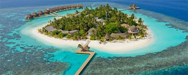 Heta latinosmaker på Kandolhu Maldives